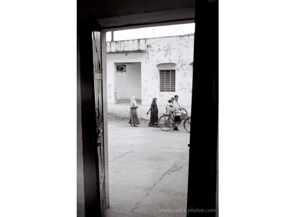 01--2004_07_inde-084