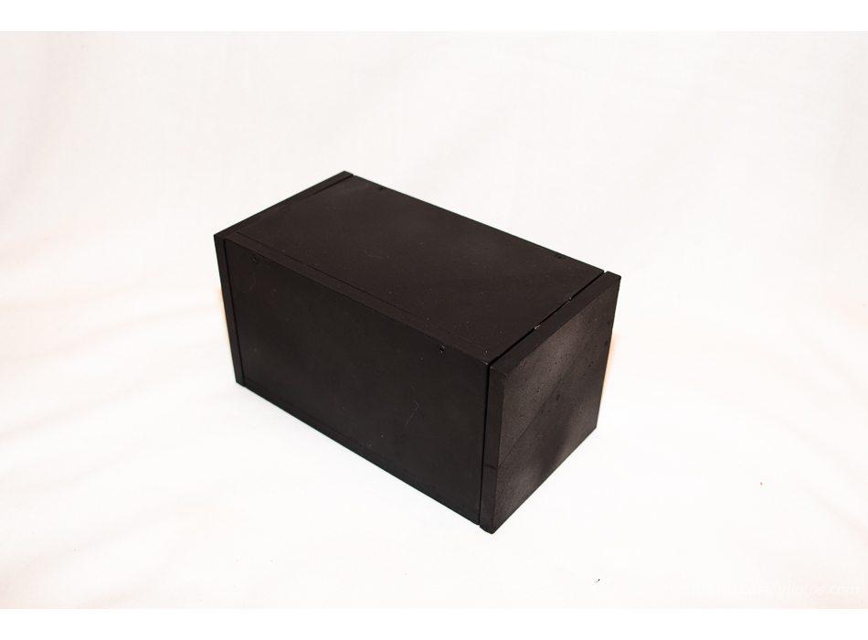 La boite noire. (Aprés un crash?)